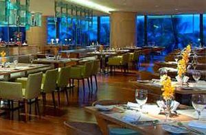 Nhà Hàng Feast - không gian ẩm thực náo nhiệt