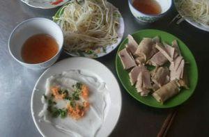 Bánh ướt Diên Khánh, món ngon dân dã làm say lòng du khách