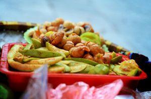Đủ món ăn vặt ở Hà Nội ứa nước miếng vào mùa thu