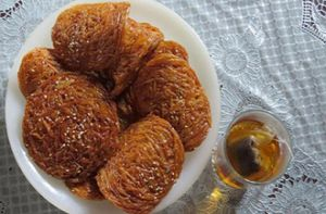 Bánh rế - món ăn lót dạ trên đường ở Phan Thiết