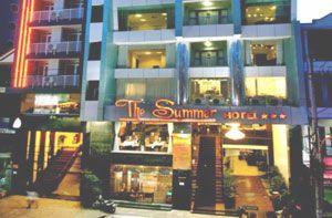 Khách sạn The Summer ngay trung tâm thành phố