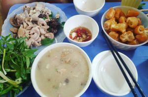Ăn cháo lòng ở Hà Nội, phải đến những quán này mới ngon