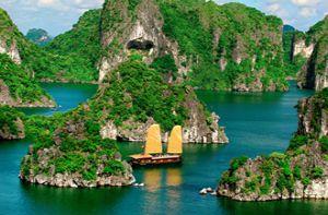 Chùm ảnh đẹp về vịnh Hạ Long với cảnh biển đảo kỳ vĩ