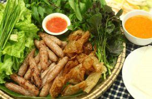 Món ăn ba miền hút khách ở Đà Nẵng