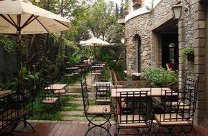 10 quán cà phê mát mẻ cho buổi chiều thư giãn ở Sài Gòn
