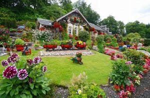 Biến vườn nhà thành điểm du lịch nổi tiếng ở Scotland