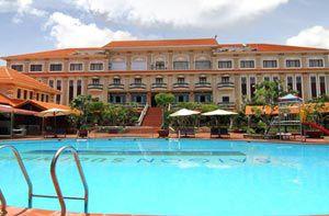 Tour Phan Thiết - Tà Cú resort 4 sao Sài Gòn Suối Nhum