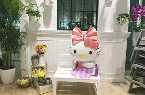 Quán cà phê Hello Kitty mới toe ở sân bay Singapore