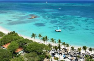 Những bãi biển đẹp nhất đáng du ngoạn trong năm 2017