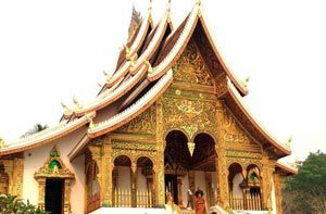 Tour Lào hè 2015 Vientian - Vang Vieng - Luangprabang - Nongkhai