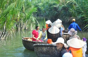 Khám phá rừng dừa Bảy Mẫu -