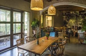 Không gian cà phê lãng mạn giữa Sài Gòn
