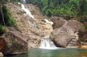 Khám phá thác Ma Hao hoang sơ giữa núi rừng xứ Thanh