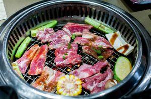Thưởng thức thịt nướng phong cách Yakiniku ở quận 1, TP.HCM