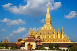 Đón xuân trên xứ hoa Chămpa, Lào